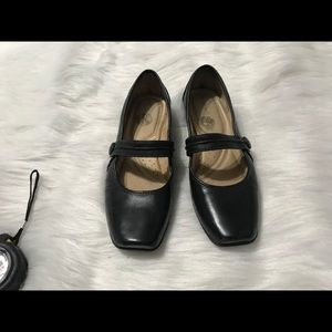 Naturalizer Black Mary Jane Flats